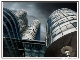 19 Fev 13 La Defense by bracketting94
