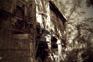 Abandoned Mine by bec312