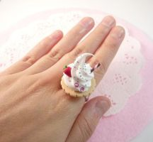 Cookie and cream ring 2 by Meow-Box