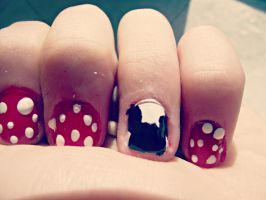 Minnie Mouse nails by Just-A-DreamerXo