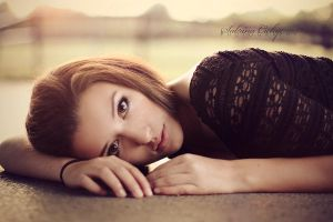 on the cold ground by SabrinaCichy