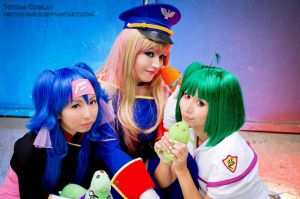 Macross Frontier girls3 by Hitomi-Cosplay