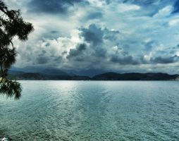 Storm coming in by Bluukat