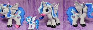 Snowdust Dragon OC Plushie /w Magnetic Heart by SnuggleFactory