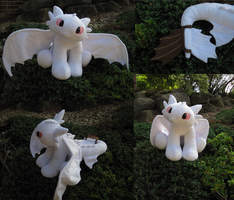 Toothless Prototype #3 by munchforlunch