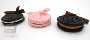 Scented Oreo necklaces by ilikeshiniesfakery