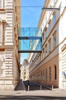 STREET OF VIENNA by louboumian