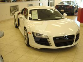 R8 by PhotographiCreed