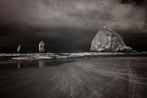 Cannon Beach (830nm) by coulombic