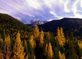 Autumn in the Mountains by Yggr00