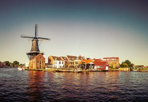 Touch of Dutch by siddhartha19