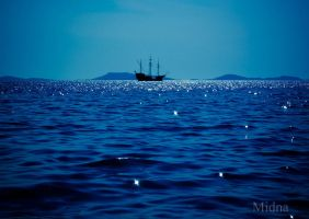 Sailing ship by MidnArt