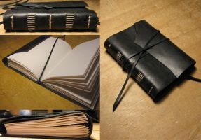 Taccuino nero - black leather notebook by Dierrevi