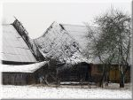 This middle barn... by Yancis