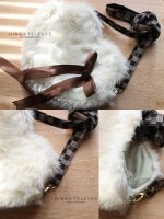Fuzzy Heart Purse by Nezumi-chuu
