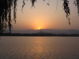 Sunset at the Summer Palace by mathein