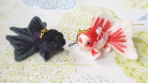 Cell Phone Strap of Felted Goldfish2 by demetyoubi