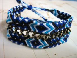 Chain Friendship Bracelet by dogtired
