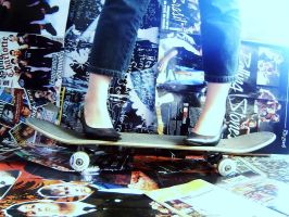 Skate and Scarpins by evanescenciax
