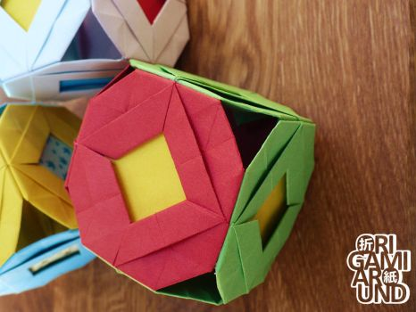 Origami cubes 002 by OrigamiAround