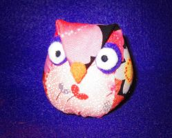 Mini Owl Pattern and Tutorial by StitchyGirl