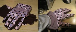 Funny Valentine - Gloves by CelL1337