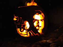 Malcolm Reynolds Pumpkin by robotsatemyarms
