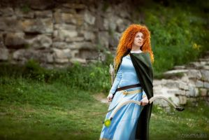 Merida, I'll be shooting for my own hand by shua-cosplay