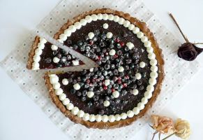Blackberry and blackcurrant tart by beStill4me