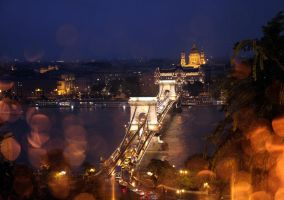 on a rainy day in Budapest... by Asligg
