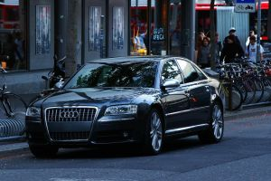 Colored Audi S8 by ShadowPhotography