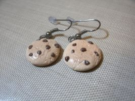 Chocolate Chip Cookie Earrings by MEWtube3000
