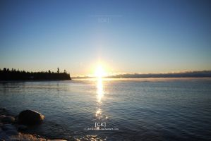The sun is on the rise by chriskronen