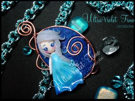 Polymer Clay- Elsa  (Frozen- Disney) by Crystarbor