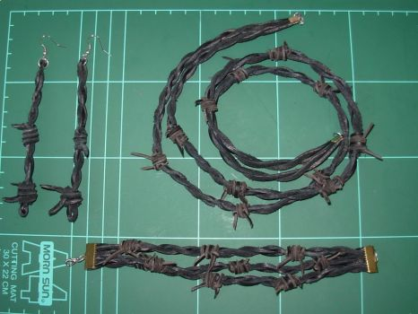 Leather bracelet: Black Barbed wire design. by YoBorg