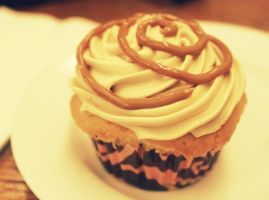 Cuppy Cake by MarieAngelcakes
