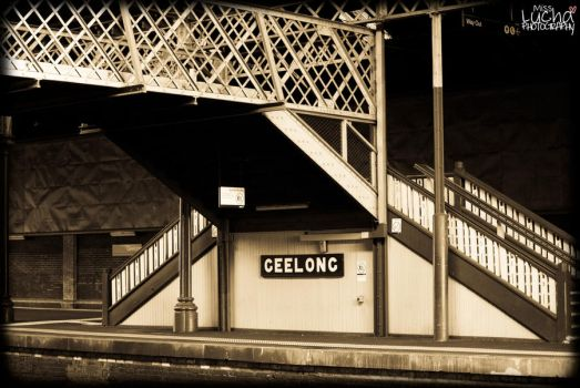 Geelong Train Station III by misslucha