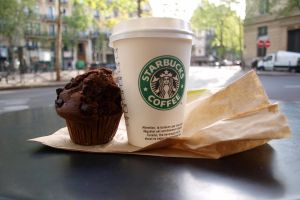 Starbucks Coffee - Paris by thePanz