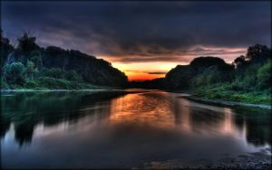 Donau sunrise 2 HDR by tienod