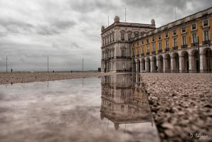 Another rainy day in Lisbon by du-la
