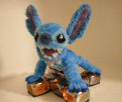 Pipe Cleaner Stitch by fuzzymutt
