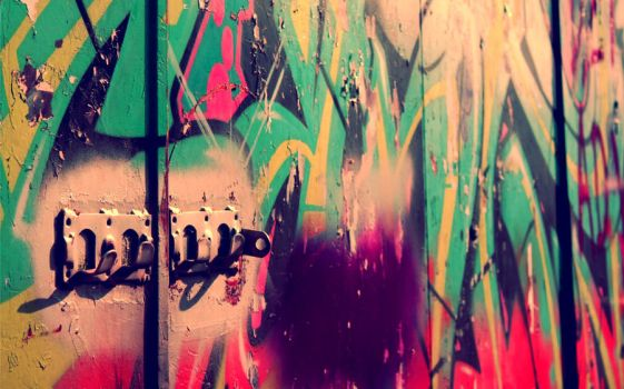 Paint and Walls by Scharx