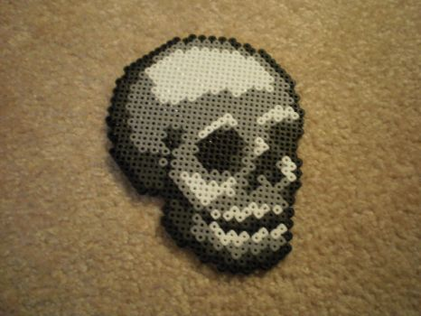 Skull in Beads by ultimicea