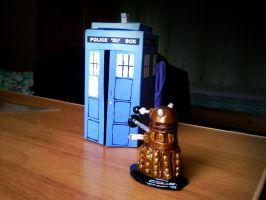 TARDIS and Dalek by Tu-Turu