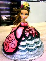 Bratz Doll Cake 2a by redhed66