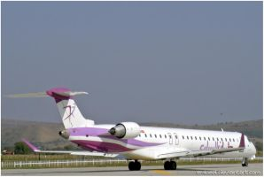 BOMBARDIER CRJ900 pic1 by eMBeeL