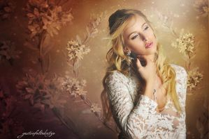 Lace and Romance by gestiefeltekatze