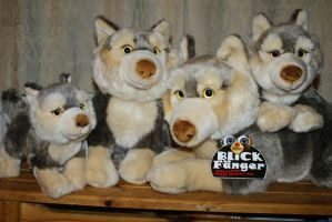Blickfanger by Bauer Plush Wolves by Huskyplush