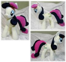 Bon Bon plush by Rens-twin