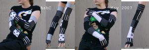 Ash's Amazing Arm Warmers by ash-bunny